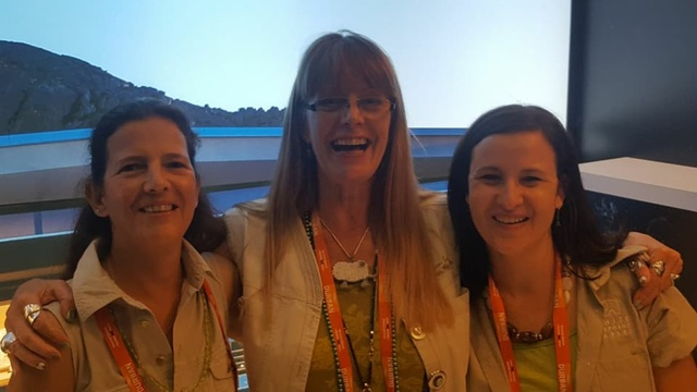 Heike with Caroline and Stephanie at Indaba